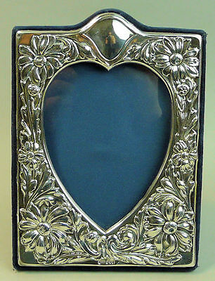 A Fine Elizabeth Ii Ornate Silver Easel Back Photograph Frame, London 1994