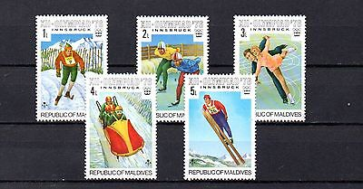 set of 5 mint winter sports theamed stamps