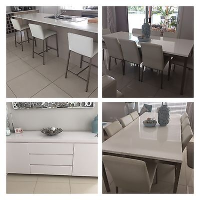 Buffet Nick Scali Dining Table Freedom plus chairs white