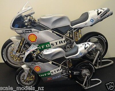 Minichamps 1:12 - Ducati - Troy Bayliss - 2001 Imola - Very Rare + Have 1:6 !