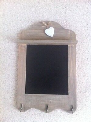 Shabby Chic Rustic Wooden Heart Scalloped Chalkboard  With 3 Hooks Memo