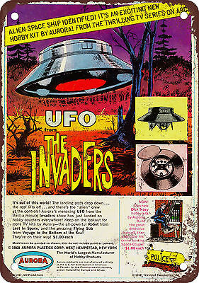 """1968 The Invaders UFO Model Kit 10"""" x 7"""" Reproduction Metal Sign"""