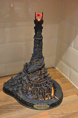 Danbury Mint Barad Dur The Dark Tower of Sauron with LED light up eye