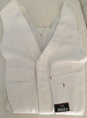 Hard Yakka Overall Action Back White Size 82R. Brand New.