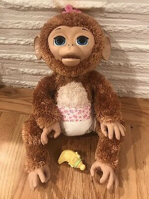 Furreal friends cuddles my giggly monkey pet w/ banana and diaper