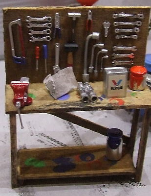 1 clear 1930 wood bench + 15 tools on peg board for 1/24