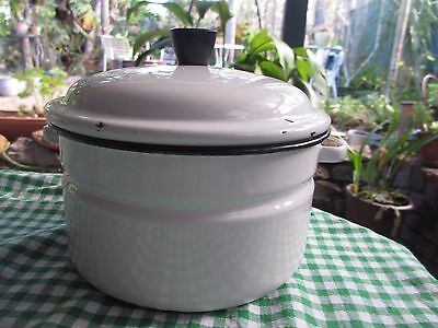 Vintage  enamel ware  dripping /cooking pot  good size, with lid
