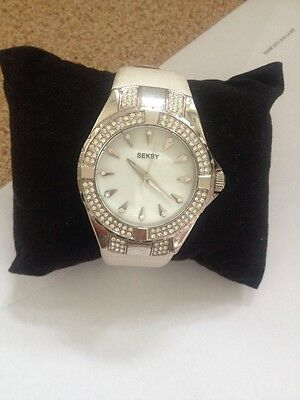 Seksy Sekonda Ladies Watch Leather Strap