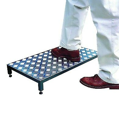 NRS Healthcare Metal Half Step - Standard: 41 cm (16 inches) Width