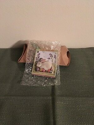 Longaberger 2004 Easter Bunny Pin/ Tie On