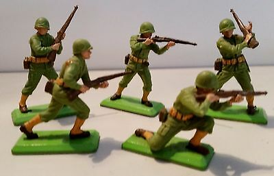 5 Britain's Deetail 1/32 scale WW2 US Army soldier figures
