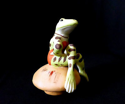 "Vintage 3.5"" bisque porcelain figurine FROG BATHING BEAUTY LADY ornament figure"