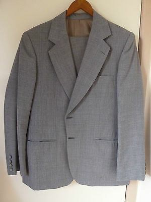Mens Grey Suit Fully Lined With Free Tie - Made In Australia
