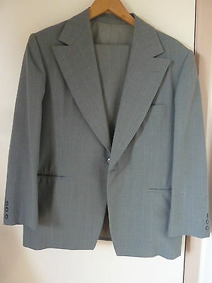 Mens Grey Green Suit Fully Lined With Free Tie - Made In Australia