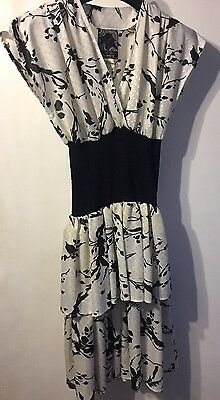 1980s Genuine Vintage Black And Off White Ra Ra Dress From Ariella Size 10
