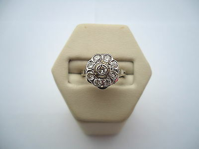 BELLE BAGUE FLEUR EN OR 18K DIAMANTS or 18 carats