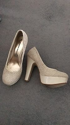 Ladies Shoes High Heels Size 6 Beige Cream