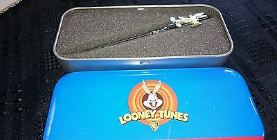loony tunes collecters pen