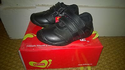 Billowy boys black leather shoes size 7.5 (eu 25) bnib