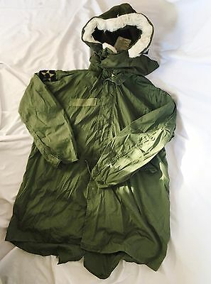 Vintage Military Cold Weather Field Jacket w/ OG-107 Fur Hood & Infantry Patches
