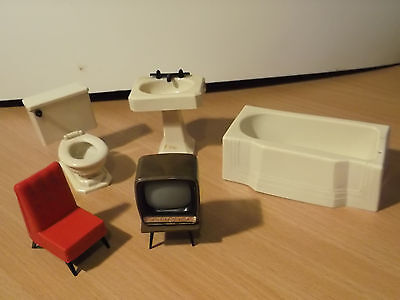 60's dolls house furniture...tv/ chair/ bathroom suite