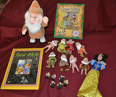 Pretend Play Snow White and the Seven Dwarf Figures & Book