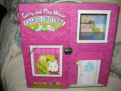 Calico Critters Carry & Play House w/ 8 Critters + Some Furniture & accessories