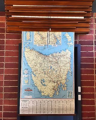 Ubd Map, Pull Down Map, Map Of Australia Wall Map, School Map, Circa 1960s,