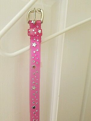 Faded Glory girls size S/M pink belt with silver stars