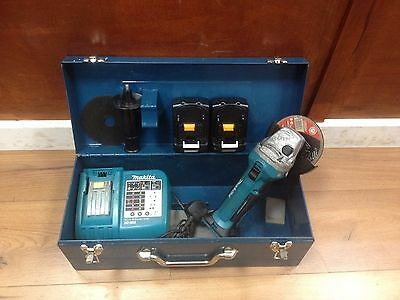 Makita 18v LXT Grinder with 2 new batteries