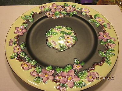 Maling NEWCASTLE ON Tyne ENGLAND raised flowers brown background charger plate