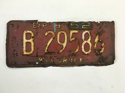 Vintage License Plate WIS TRUCK 1951 w/52 tag Wisconsin Rusted Damaged Old