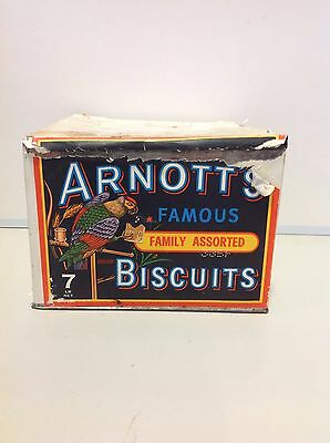 VINTAGE / RETRO Arnott's Famous Family Assorted Biscuits Tin