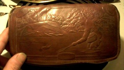 Embedded Fisherman Leather Fly Fishing Tri Fold Wallet Case & 38 Hand Tied Flies
