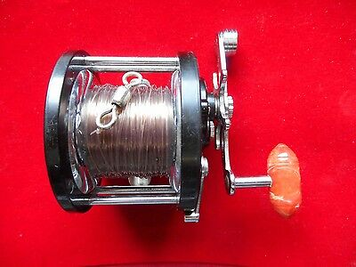 VINTAGE PENN DELMAR No. 285 MULTIPLIER REEL WITH ORIGINAL BOX.