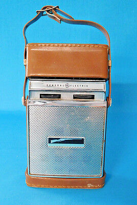 Transistor Radio Ge General Electric 1964 Model P-860F Complete Works Vintage