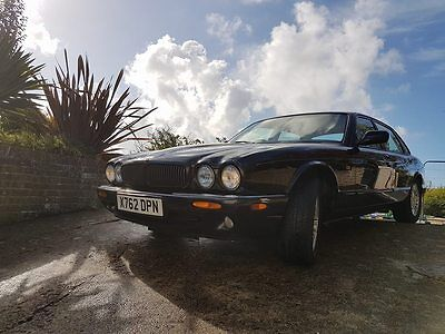 2000 X Jaguar XJ8 3.2 Sport Auto X308 Black Cream Leather