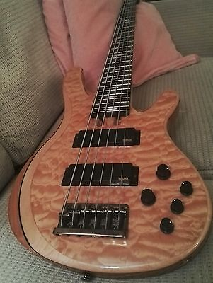 Yamaha TRB 1006J 6 string bass guitar in  pristine condition