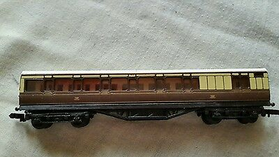 A model railway pullmam type coach in N gauge by unknown make unboxed