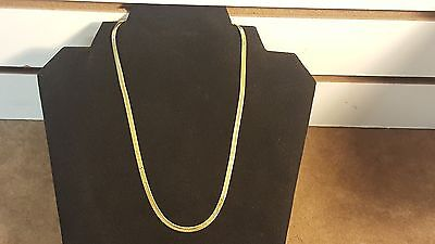 14k Solid Gold Italy Herringbone Necklace 18 Inch 6.7 Grams 3 mm wide