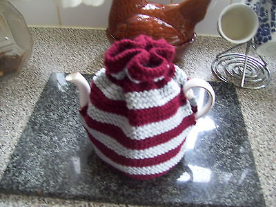 Hand-Knitted Wool 4-6 Cup Tea Cosy.#4
