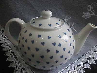 Teapot Nina Campbell By Roy Kirkham Made In England Blue White Heart Pattern
