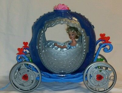 Cinderella Carriage Transforms into A PUMPKIN with Doll