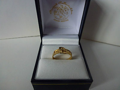 NEW Ladies, 9ct 9carat Yellow Gold Buckle Ring, size K 1/2