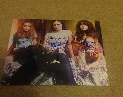 Donnas  -  Group  Pose - Fully  Signed 10X8  Photo -  Genuine - Uacc
