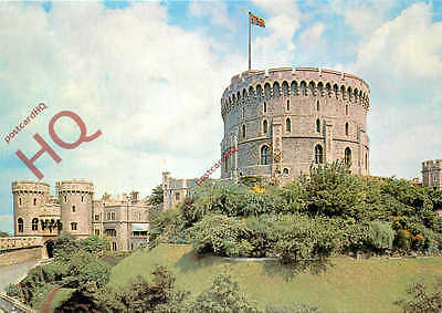 Postcard: Windsor Castle, Norman Gate And The Round Tower