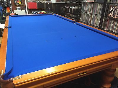 Billiard Table 9' X 5' In Excellent Condition Slate Top