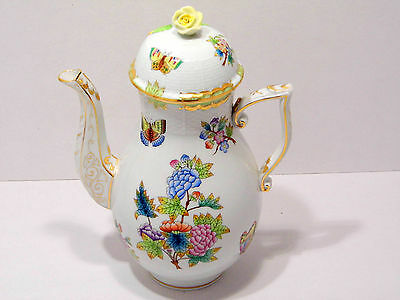 """HEREND QUEEN VICTORIA XXLARGE COFFEE POT,54fl OZ hold,MINT CONDITION,10"""" high"""