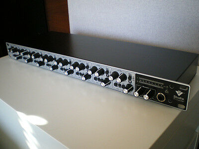 Studio Projects SP-828 - 8 channels preamp