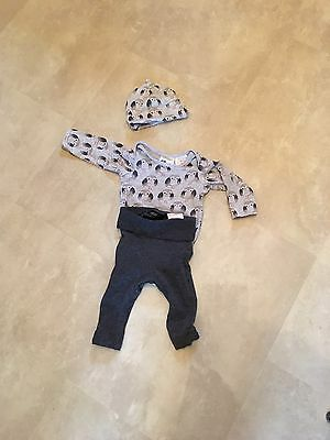H And M Baby Outfit Size 2-4 Months Similar To Next, Hat, Vest, Leggings